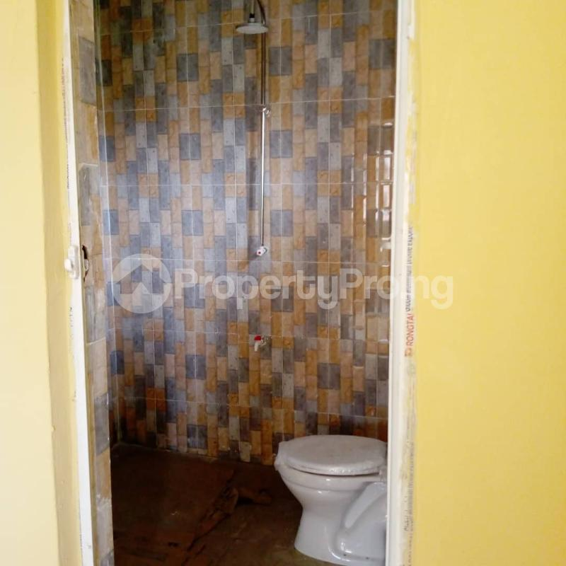 3 bedroom Flat / Apartment for rent Off Aiyelegun Road, Bucknor Isolo Lagos - 11