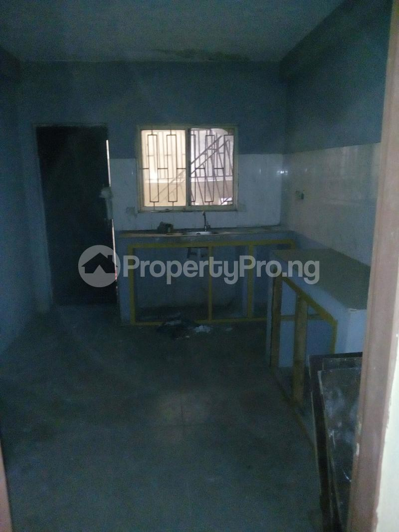 3 bedroom Flat / Apartment for rent . Fola Agoro Yaba Lagos - 5