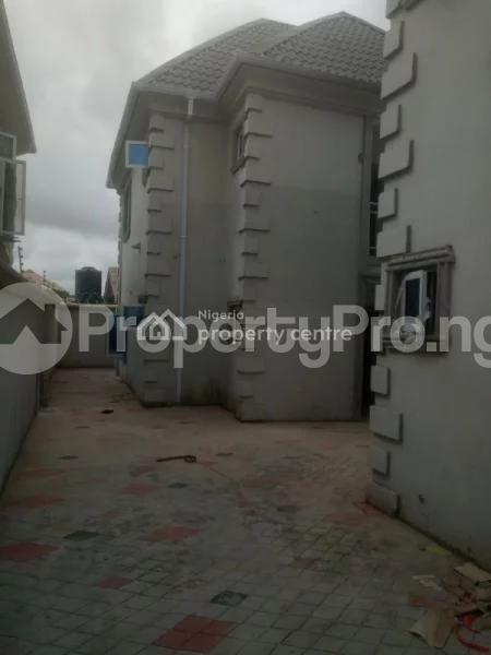 3 bedroom Flat / Apartment for rent Peace Estate Baruwa Ipaja road Ipaja Lagos - 1