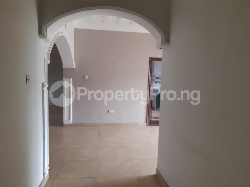 3 bedroom Blocks of Flats House for rent Off palace road ONIRU Victoria Island Lagos - 5