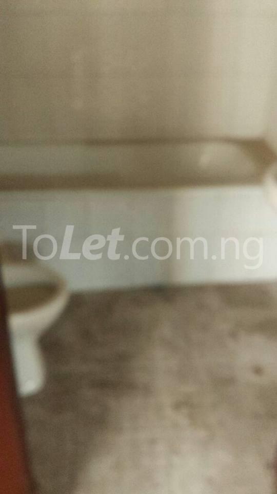 3 bedroom Flat / Apartment for sale County Estate Pen Cinema Agege Pen cinema Agege Lagos - 5