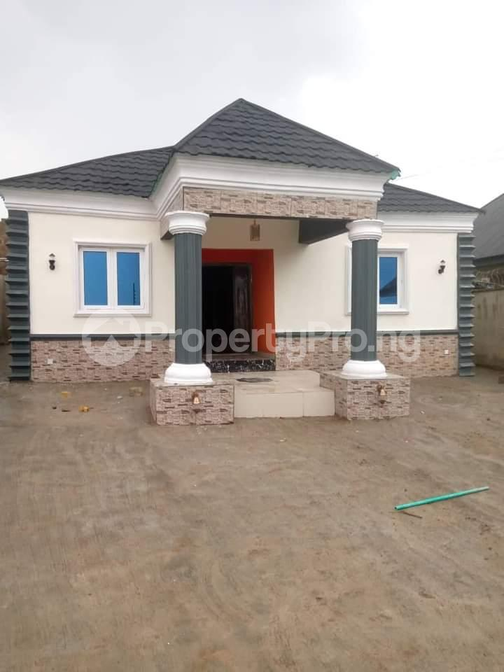Flat / Apartment for sale Hope Road, Alakia Airport, Old Ife Road Ibadan Oyo - 0