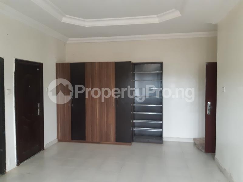 3 bedroom Blocks of Flats House for rent Off palace road ONIRU Victoria Island Lagos - 3