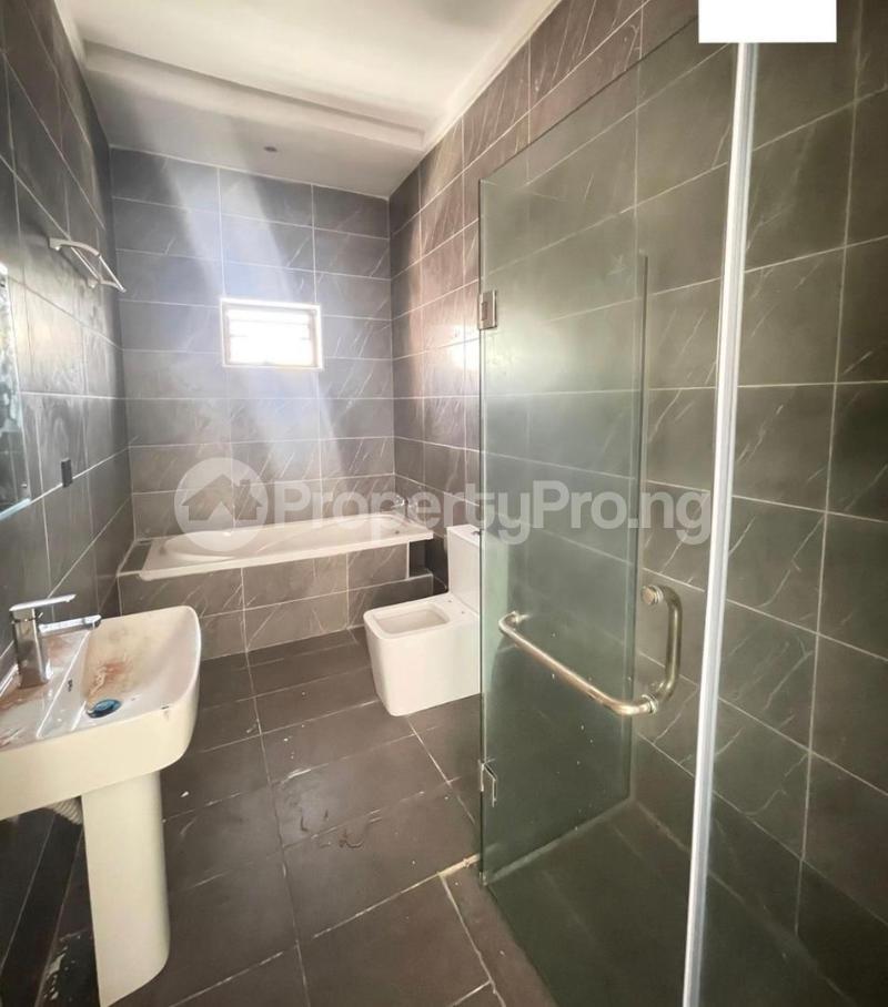3 bedroom Blocks of Flats House for rent Lekki Phase 1 Lekki Lagos - 4