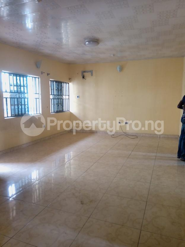 3 bedroom Flat / Apartment for rent arepo estate Berger Ojodu Lagos - 5
