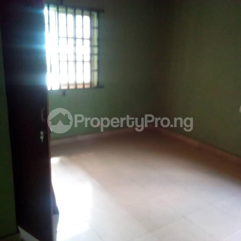 3 bedroom Flat / Apartment for rent Off berger expressway Magboro Obafemi Owode Ogun - 3