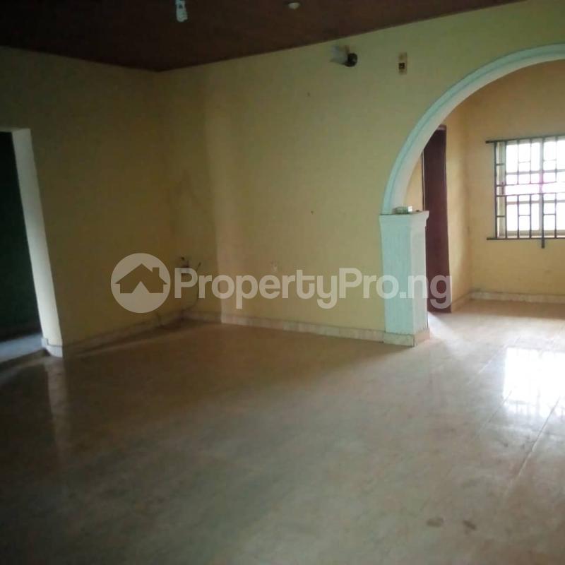 3 bedroom Flat / Apartment for rent Off berger expressway Magboro Obafemi Owode Ogun - 5