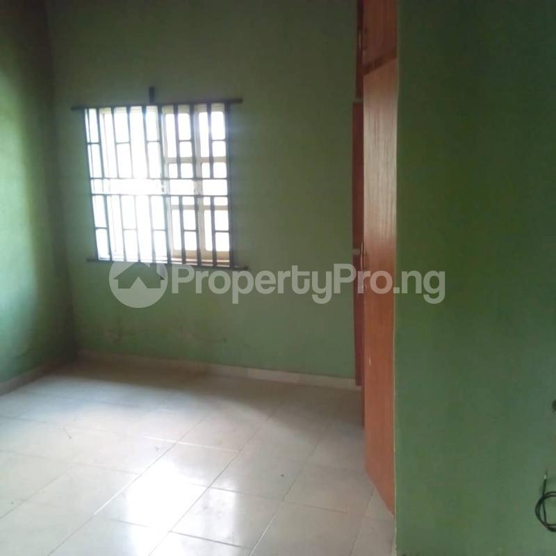 3 bedroom Flat / Apartment for rent Off berger expressway Magboro Obafemi Owode Ogun - 6