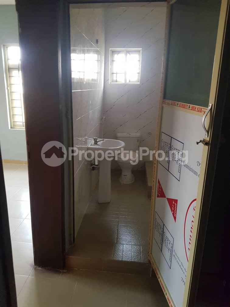 3 bedroom Flat / Apartment for rent Magboro Obafemi Owode Ogun - 2