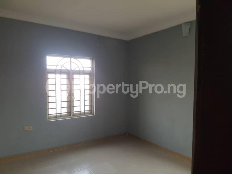 3 bedroom Flat / Apartment for rent Magboro Obafemi Owode Ogun - 6