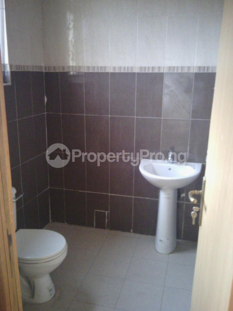 3 bedroom Flat / Apartment for rent Private Estate Arepo Ogun - 6