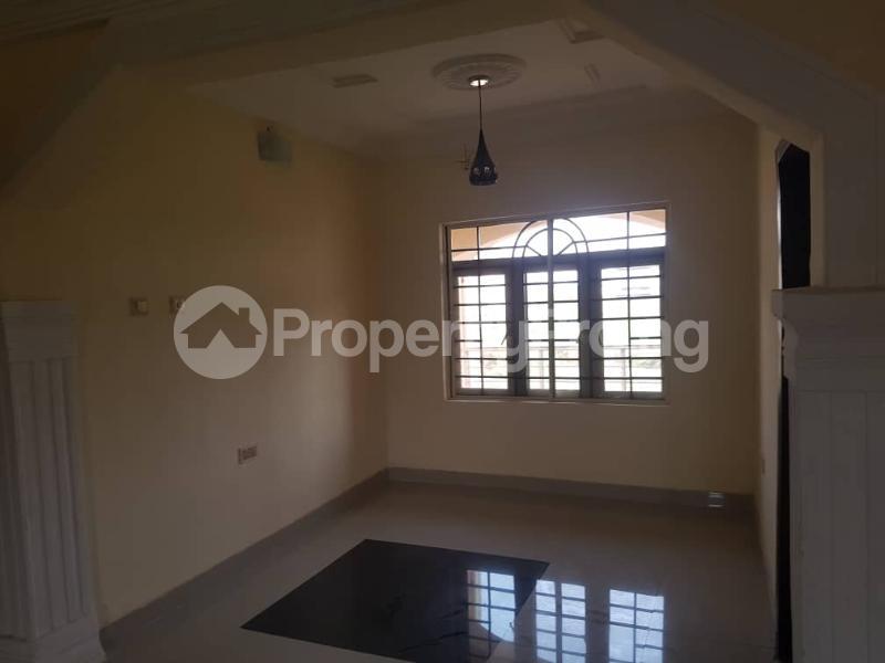 3 bedroom Flat / Apartment for rent Magboro Obafemi Owode Ogun - 1