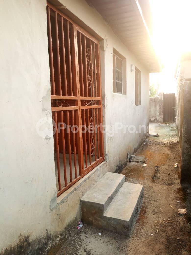 6 bedroom Detached Bungalow for sale Vexu Street Igbogbo Ikorodu Lagos - 13