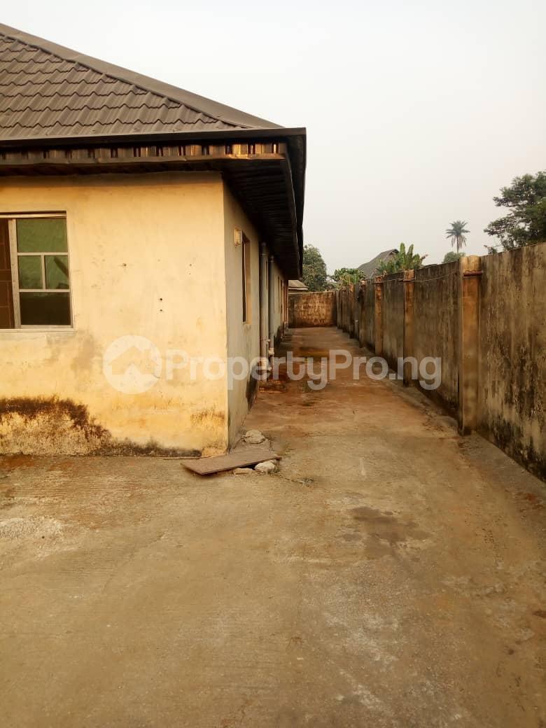 6 bedroom Detached Bungalow for sale Vexu Street Igbogbo Ikorodu Lagos - 12