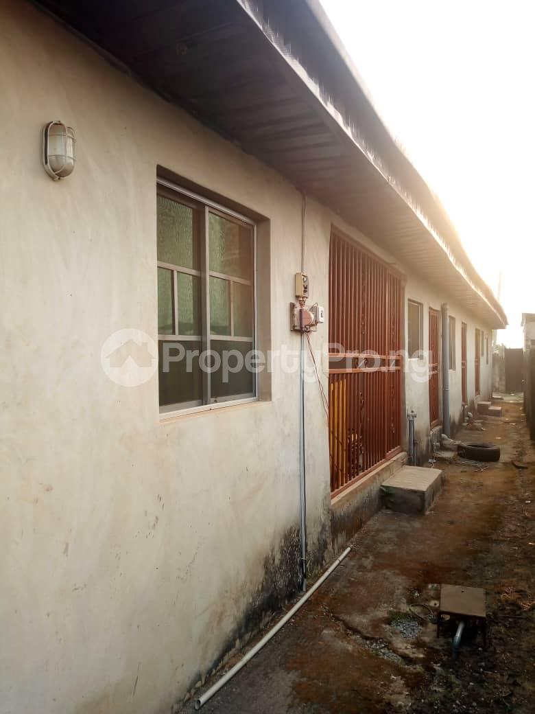 6 bedroom Detached Bungalow for sale Vexu Street Igbogbo Ikorodu Lagos - 5