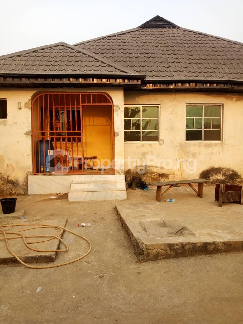 6 bedroom Detached Bungalow for sale Vexu Street Igbogbo Ikorodu Lagos - 10