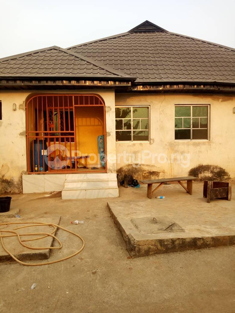 6 bedroom Detached Bungalow for sale Vexu Street Igbogbo Ikorodu Lagos - 0