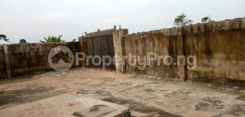 6 bedroom Detached Bungalow for sale Vexu Street Igbogbo Ikorodu Lagos - 15