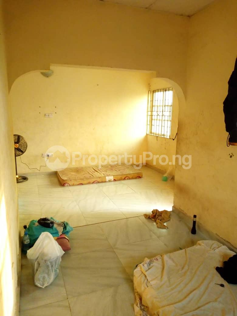 6 bedroom Detached Bungalow for sale Vexu Street Igbogbo Ikorodu Lagos - 3