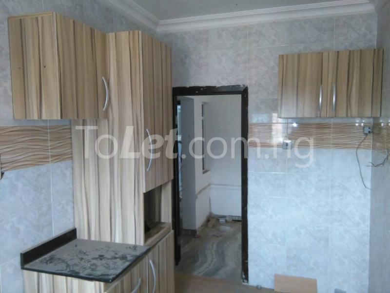 3 bedroom Flat / Apartment for rent No sobo siffre street, Arowojobe Estate,Mende Maryland, Lagos. Mende Maryland Lagos - 5