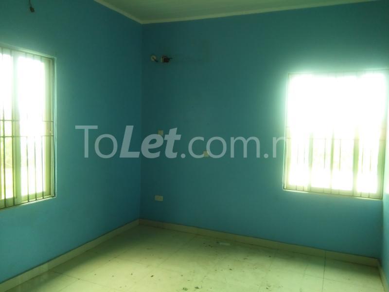 3 bedroom Flat / Apartment for rent Grace Nduko Street at Arowojobe Estate. Mende Maryland Lagos - 5