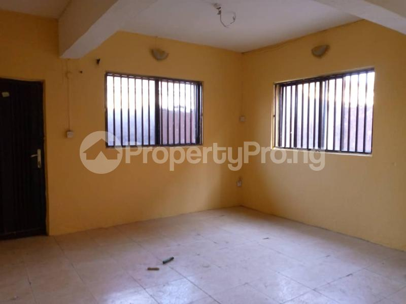 3 bedroom Shared Apartment Flat / Apartment for rent Alagomeji Alagomeji Yaba Lagos - 1