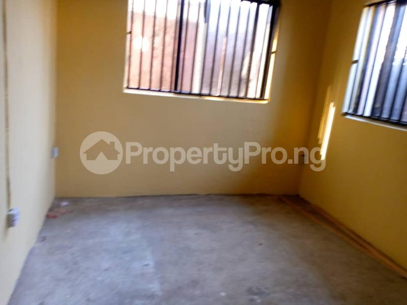 3 bedroom Shared Apartment Flat / Apartment for rent Alagomeji Alagomeji Yaba Lagos - 2