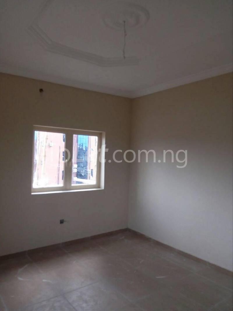 3 bedroom Flat / Apartment for rent Bode Thomas Lagos - 3