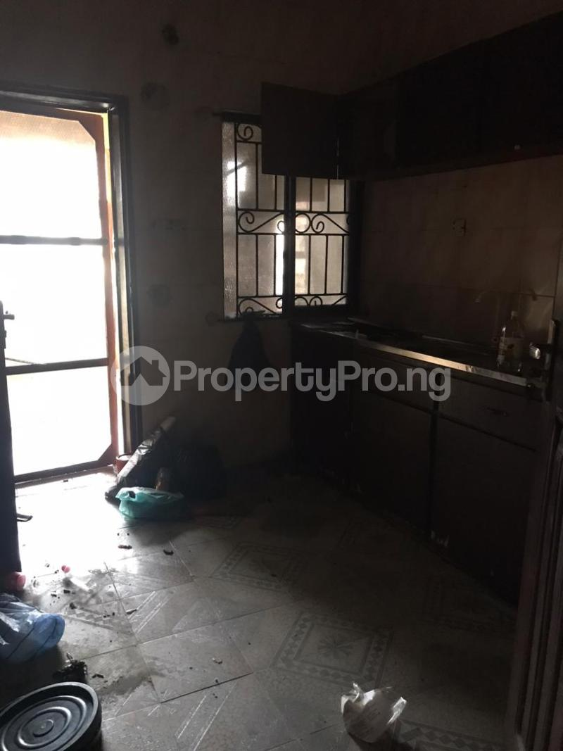 3 bedroom Blocks of Flats House for rent Rahmotu Medina Gbagada Lagos - 3