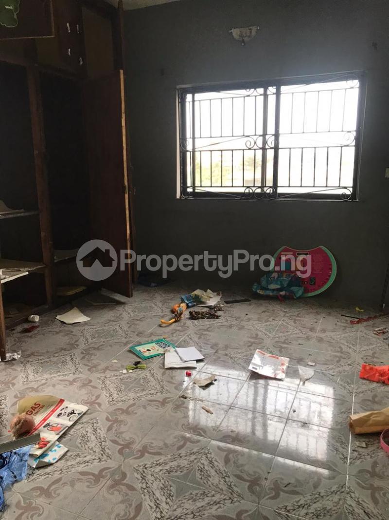 3 bedroom Blocks of Flats House for rent Rahmotu Medina Gbagada Lagos - 2