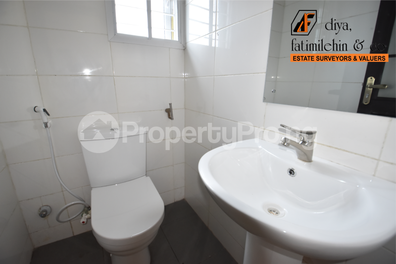 3 bedroom Flat / Apartment for rent Seaside Estate Badore Ajah Lagos - 3