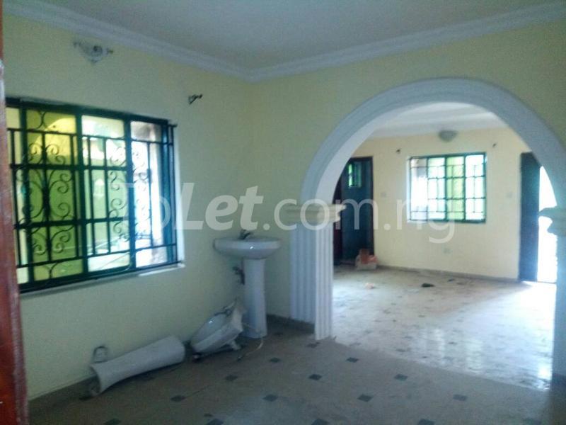 3 bedroom Flat / Apartment for sale Off Oriola street Alapere Kosofe/Ikosi Lagos - 5