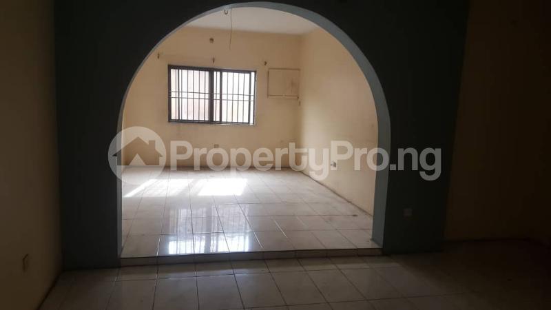 3 bedroom Flat / Apartment for rent Adedotun  Dina Street,  Mende Maryland Lagos - 10
