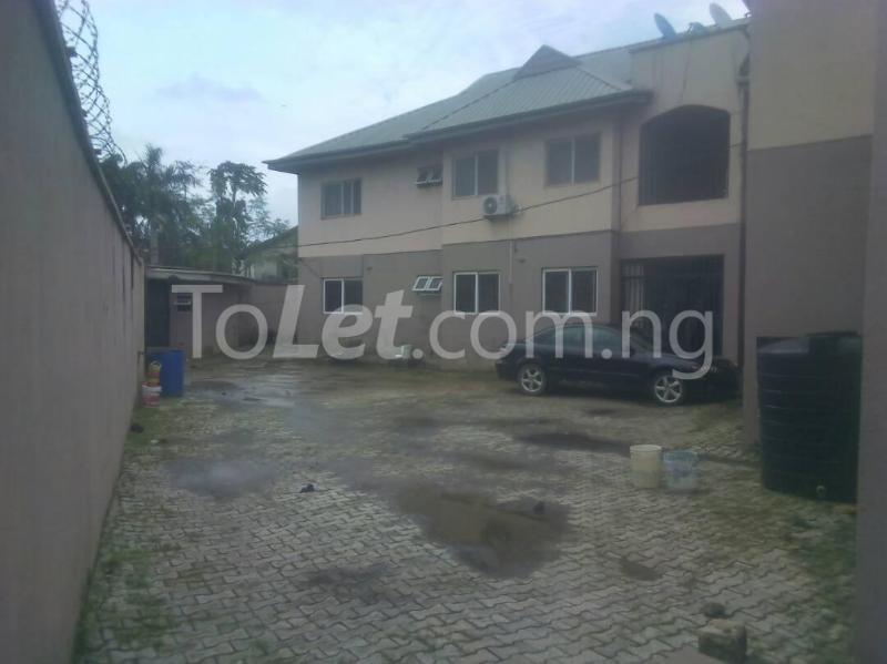 3 bedroom Flat / Apartment for rent James Island Bode Thomas Surulere Lagos - 1