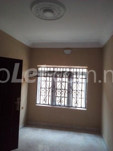 3 bedroom Flat / Apartment for rent - Magboro Obafemi Owode Ogun - 5