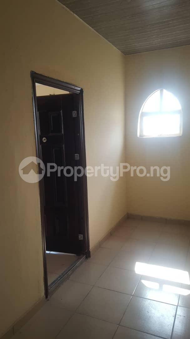 3 bedroom Flat / Apartment for rent Oluyole estate, ibadan  Oluyole Estate Ibadan Oyo - 4