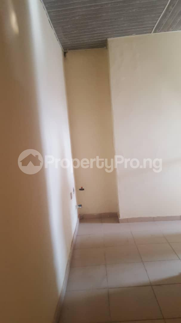 3 bedroom Flat / Apartment for rent Oluyole estate, ibadan  Oluyole Estate Ibadan Oyo - 7
