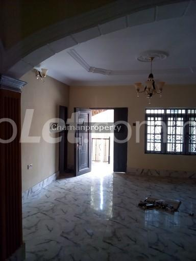 3 bedroom Flat / Apartment for rent - Magboro Obafemi Owode Ogun - 3