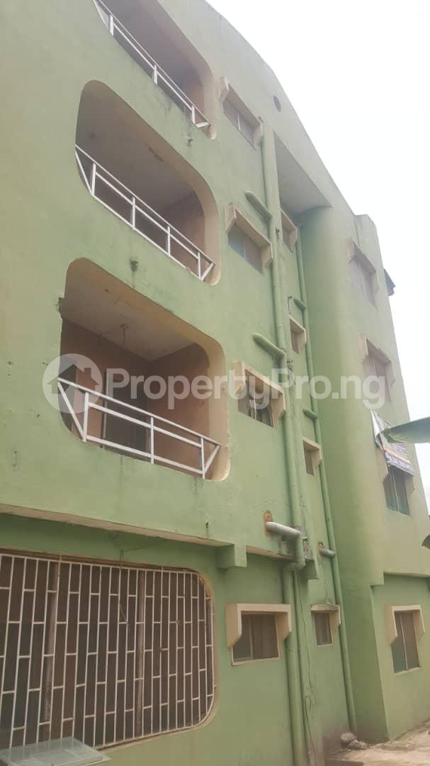 3 bedroom Flat / Apartment for sale Off Ailegun Road Bucknor Isolo Lagos - 0