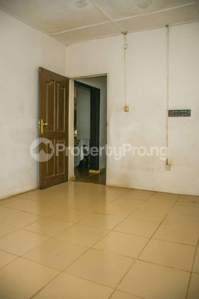 3 bedroom Flat / Apartment for sale Jakande Estate Isolo Lagos - 2