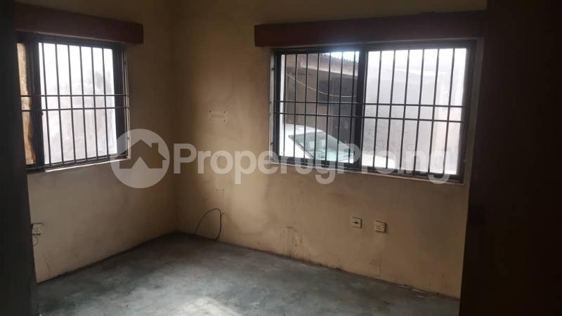3 bedroom Flat / Apartment for rent Adedotun  Dina Street,  Mende Maryland Lagos - 1
