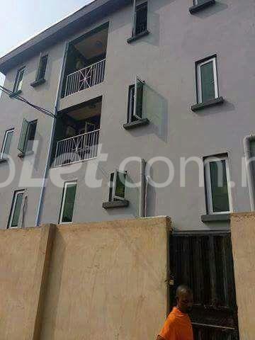 3 bedroom Flat / Apartment for sale Anthony  Anthony Village Maryland Lagos - 0
