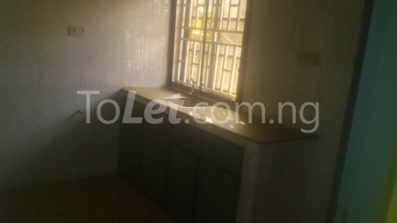 3 bedroom Flat / Apartment for rent G.R.A Sagamu Ogun - 6