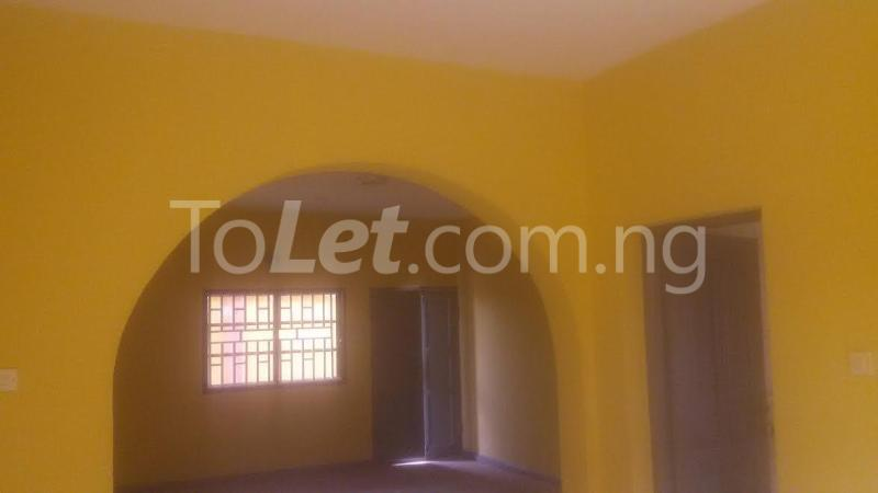 3 bedroom Flat / Apartment for rent G.R.A Sagamu Ogun - 8