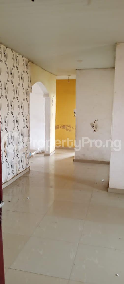 3 bedroom Blocks of Flats for rent Around Grammar School Ojodu Lagos - 10