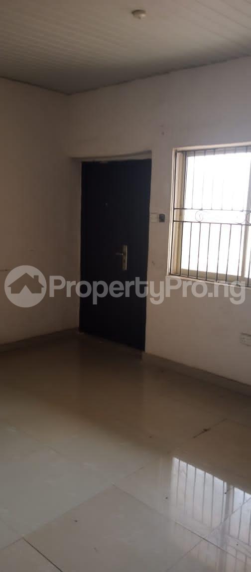 3 bedroom Blocks of Flats for rent Around Grammar School Ojodu Lagos - 11