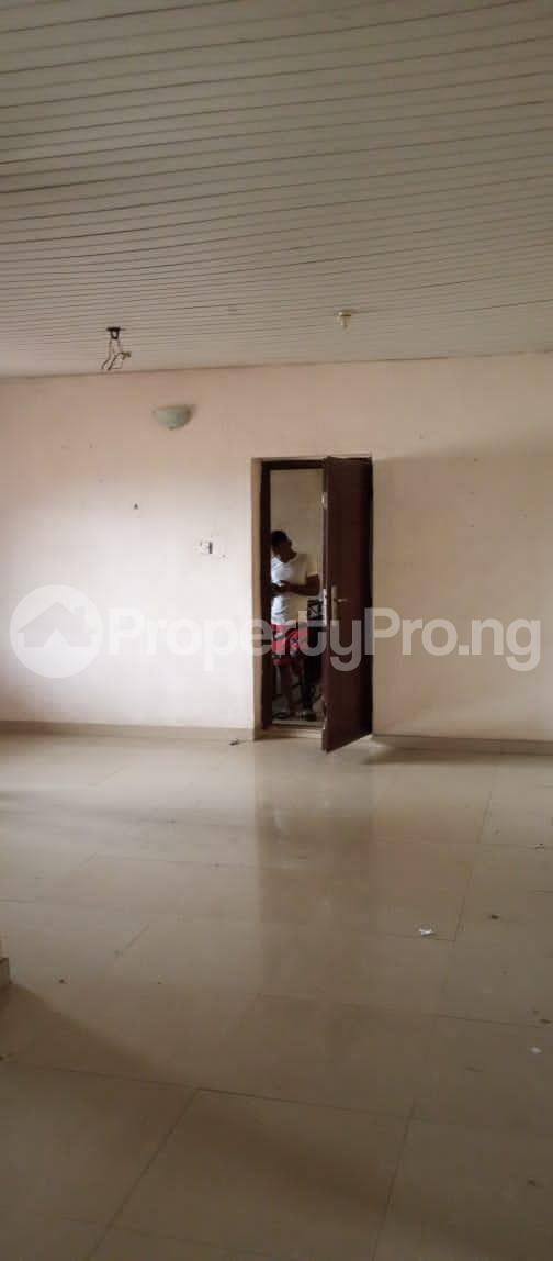 3 bedroom Blocks of Flats for rent Around Grammar School Ojodu Lagos - 3