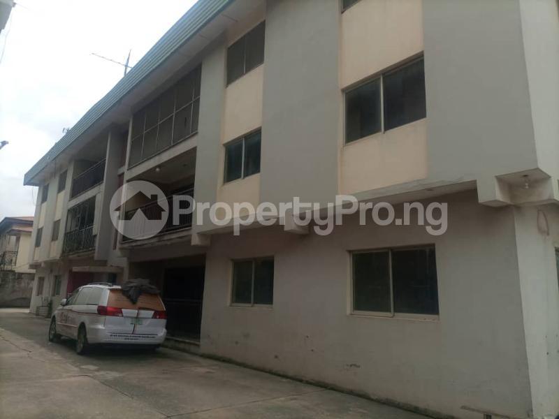 3 bedroom Flat / Apartment for rent Adewunmi Abudu Street Ajao Estate Isolo Lagos - 17