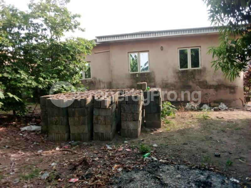 3 bedroom Flat / Apartment for sale Olubondu Ipaja Lagos - 5