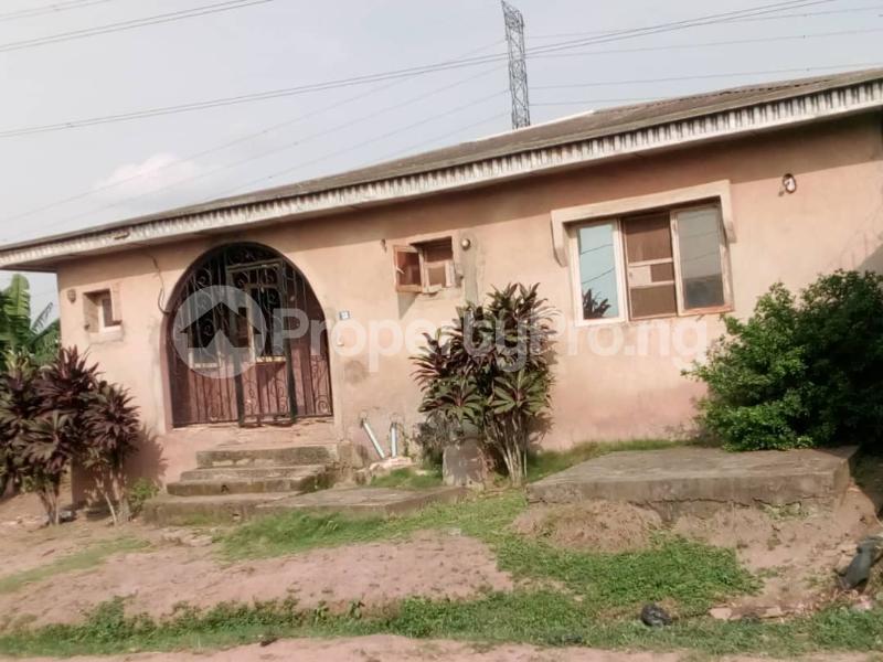 3 bedroom Flat / Apartment for sale Olubondu Ipaja Lagos - 0
